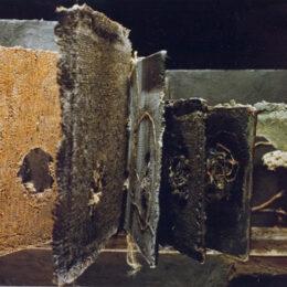 Omphálos, ombligo de la tierra - 1991 / 92 – Objeto, libro de artista - 0,70m x 0,40m