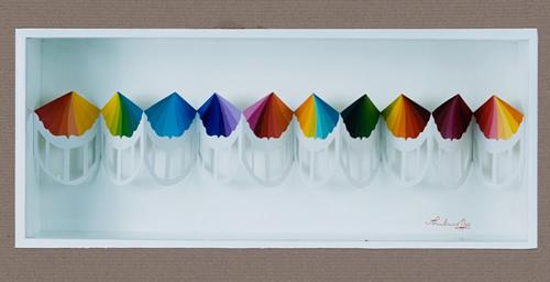 Idas y vueltas VI - 2000 – Acrílico sobre papel troquelado 0.60m  x 0.30 m